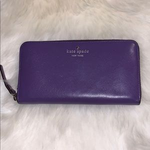 📌 Kate Spade Purple Leather Wallet
